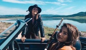 Julia Medina publica el videoclip de su nuevo single 'No Me Despedí' junto a Carmen Boza