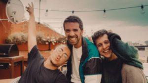 Stay Homas publica 'the bright side' con la colaboración de Oques Grasses