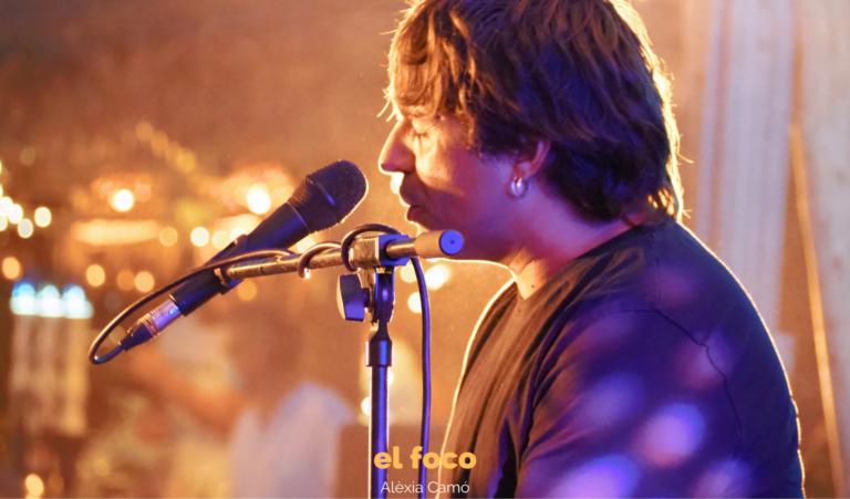 Manu Guix abre el Unplugged Music Experience de La Santa Market con un concierto único e irrepetible