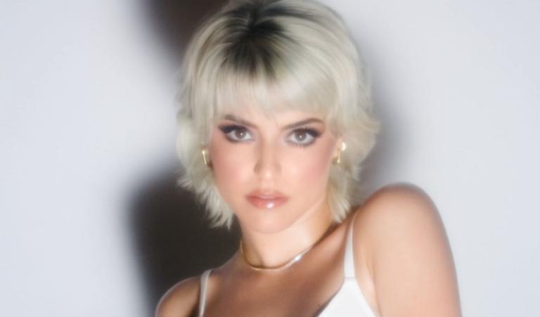 Alba Reche versiona la exitosa canción 'Morena Mía'