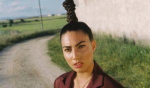 'La luz' y 'Tu piel', juego de contrastes en los nuevos temas de María José Llergo