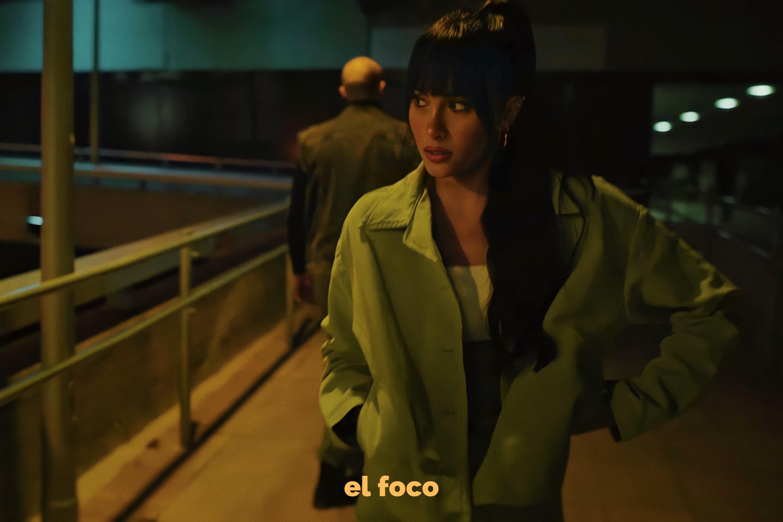 Aitana en el videoclip de Ni Una Más. Fuente: Videoclip de Ni Una Más en Youtube, editada por El Foco.