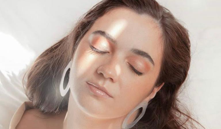 Pilar Moxó debuta en solitario con «Nacer»