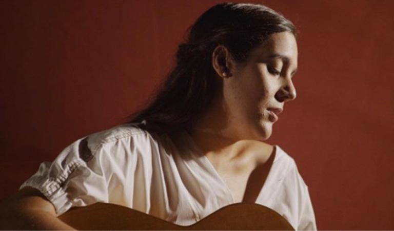 Valeria Castro: «Tienes que poner verdad a lo que haces para conectar con la gente y para que no se desvirtúe la industria musical»